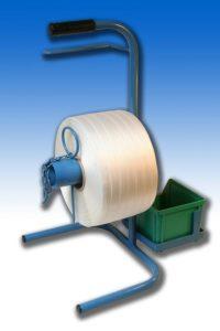 Odvíječ sloužící pro přenos polyesterové vázací pásky